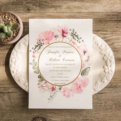 Invitaciones boho o vintage en rosa pálido
